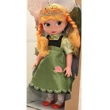 عروسک السا با تاج و لباس گلدوزی
